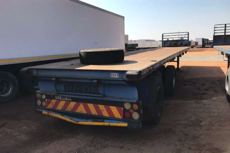 Hendred Flat deck Tri axle 14.5m Flatdeck Trailer Trailers