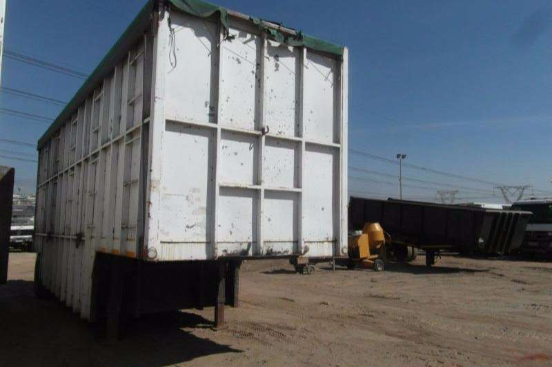 Trailers Hendred High Sides Volume Body Trailer (Built-Up, Code 3) 1977