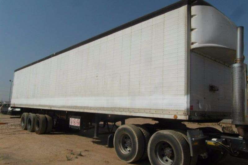 Trailers Hendred Insulated Body Tri Axle Volume Body Trailer 1999