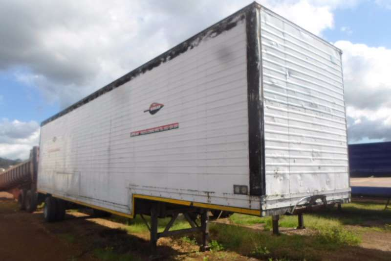 Hendred Pantech Single Axle Volume Semi Trailers