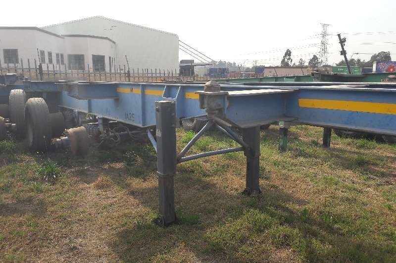 Hendred Skeletal Used 6m Double Axle Trailers Available Trailers