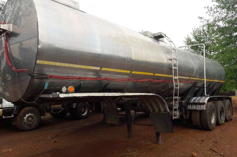 Hendred Stainless steel tank Used 316 Cladded Tri Axle S/S Tank Available Trailers