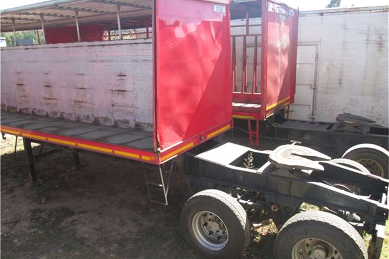 Henred 8.5m Beverage Tautliner Trailers