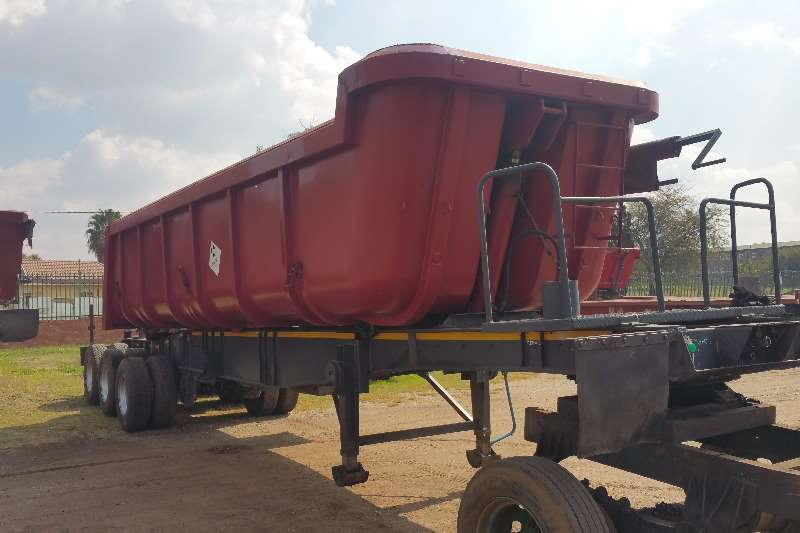 Henred End tipping Sloper end tipper sliding bin Trailers