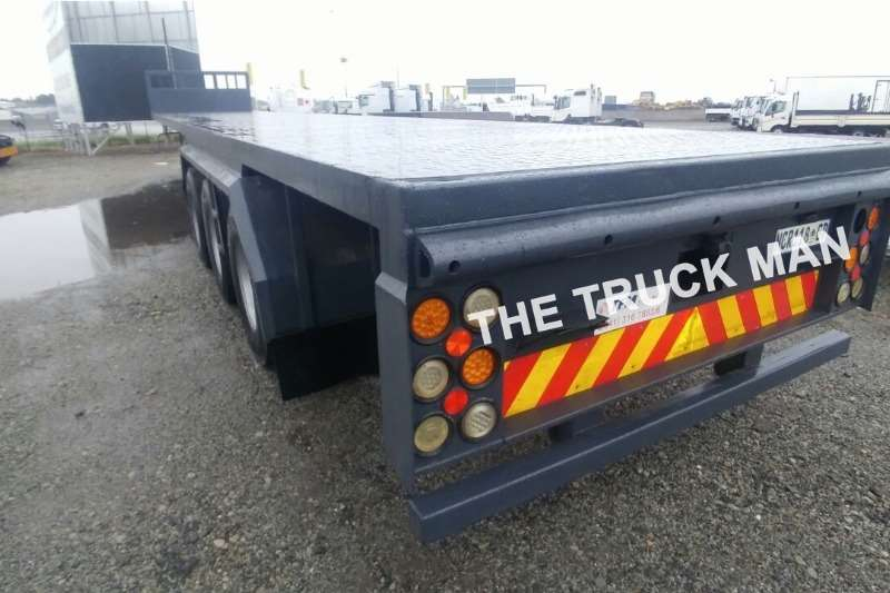 Henred Flat deck HENDRED FREIGHT Trailers