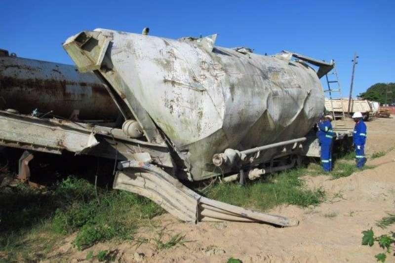 Henred Henred Fruehauf Stripped Cement Tanker Trailer Trailers