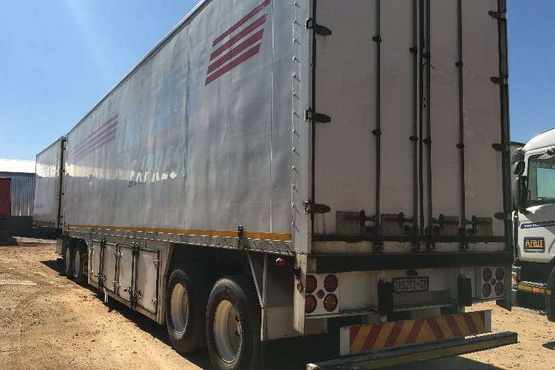 Henred Interlink Interlink Pantec Volume Body Trailers