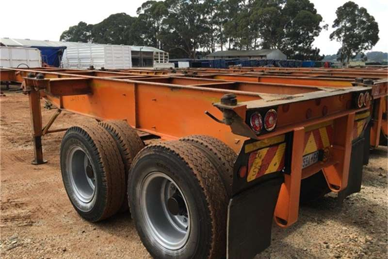 Trailers Henred Skeletal 2 Axle 6m Skeletal 1980