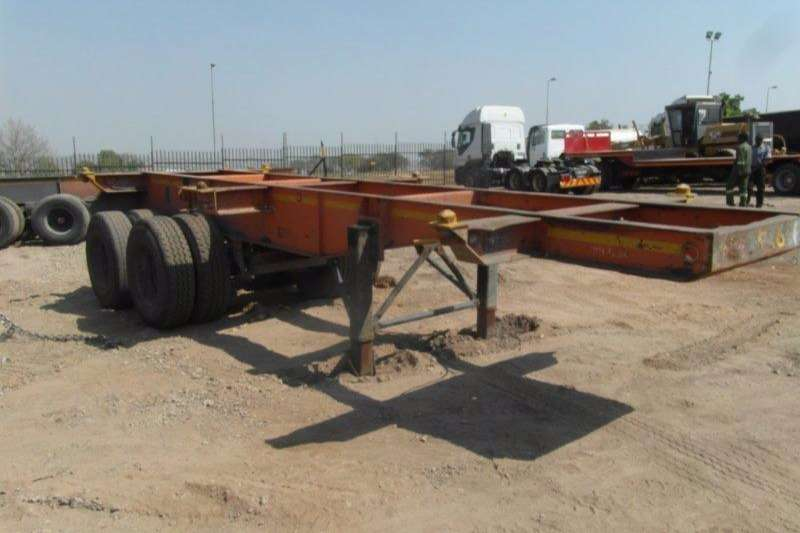 Trailers Henred Skeletal Double Axle Skeletal Trailer 0
