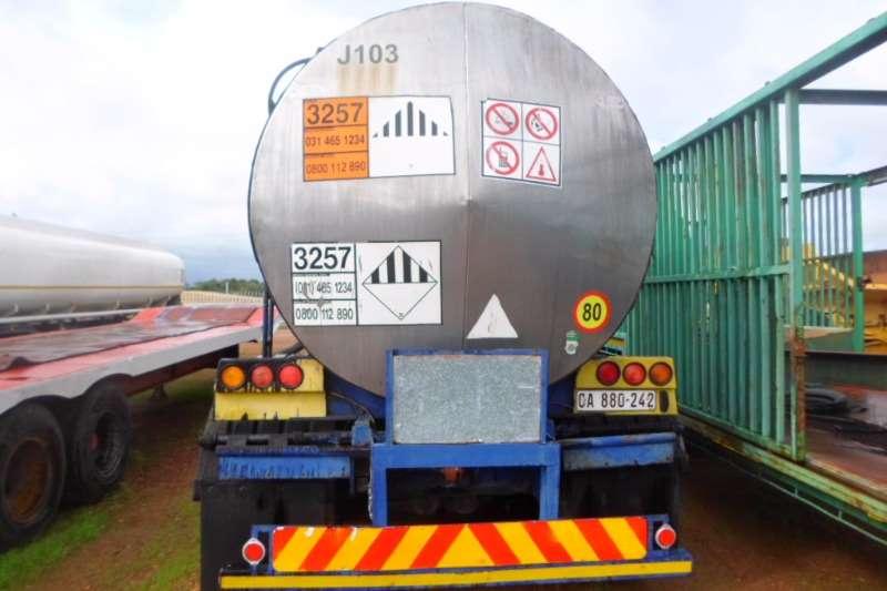 Henred Stainless steel tank Steel Bitumen Semi + Pub Trailers