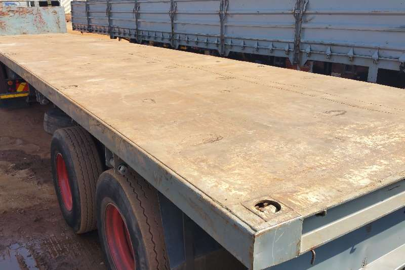 Trailers Henred Superlink Superlink Flatdeck air susp. 2006