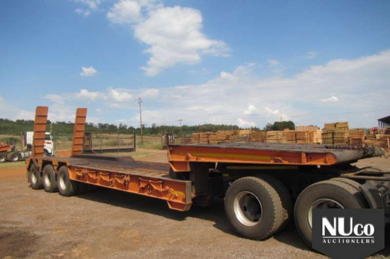 Trailers Homebuilt TRI AXLE FOLDING GOOSENECK LOWBED WITH RAMPS 0