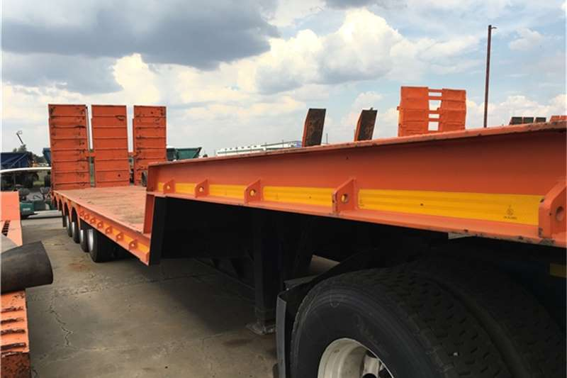 HPC Lowbed HPC 4 axle stepdeck Trailers