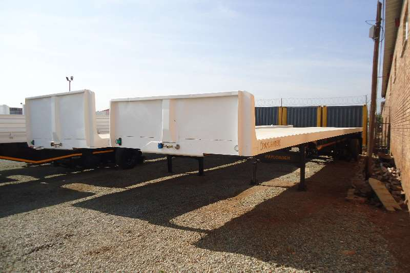 Kearneys Flat deck tri axle flatdeck new Trailers