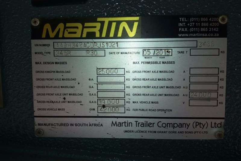 Martin Lowbed 3 axles Hydraulic Ramps Trailers