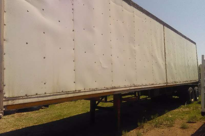 Other Close volume body double axle closed body trailer Trailers