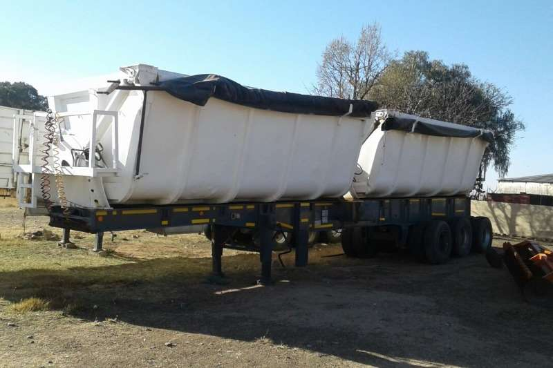 Other Side tipper Used Phakisa Tri Axle Twin Bin Available Trailers