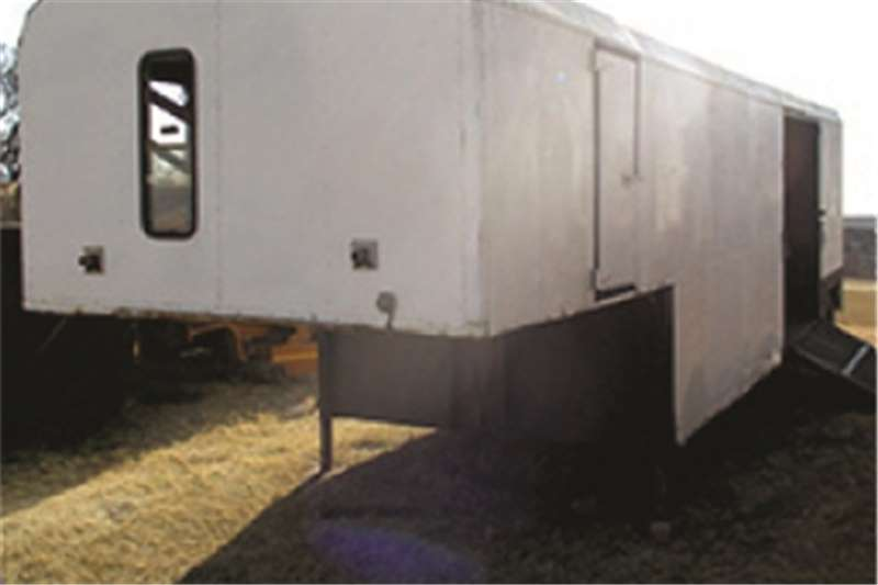 Other SINGLE D / 6 BERTH Trailers