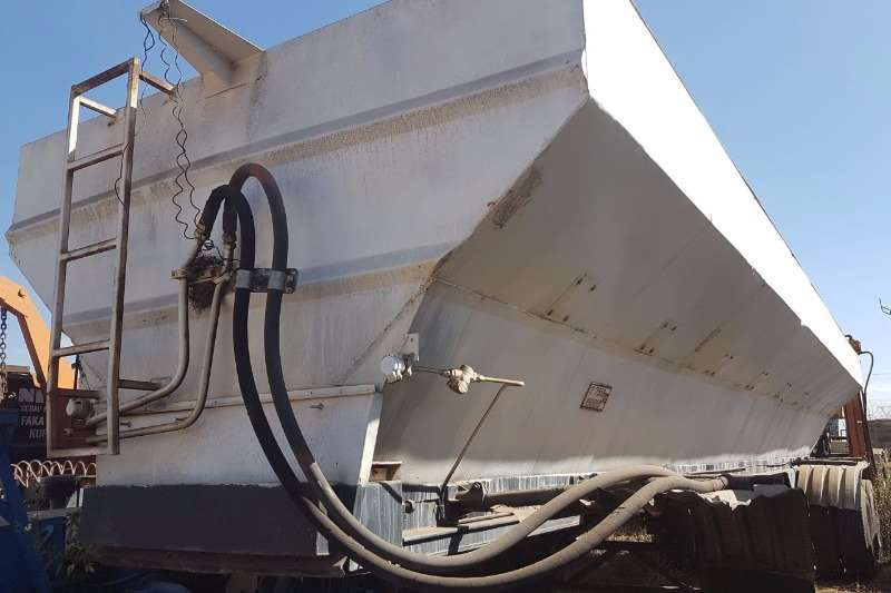 Other Stainless Steel Fertilizer Trailers