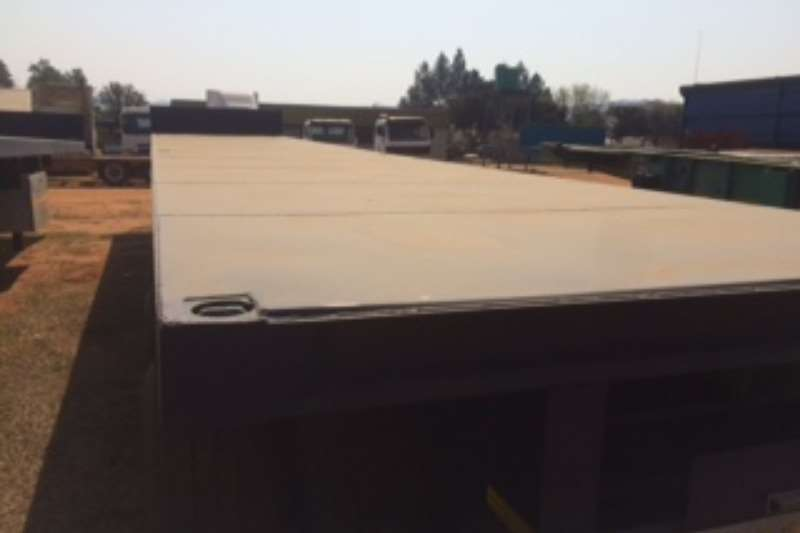 Other Various Used Tri Axle Trailers Available Trailers