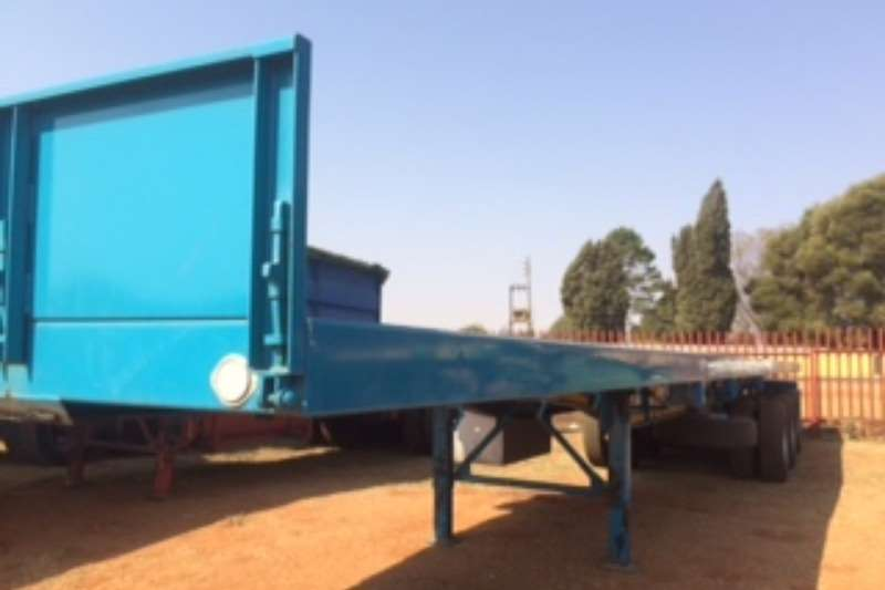 Paramount Flat deck Used 14m Tri Axle Trailer Available Trailers