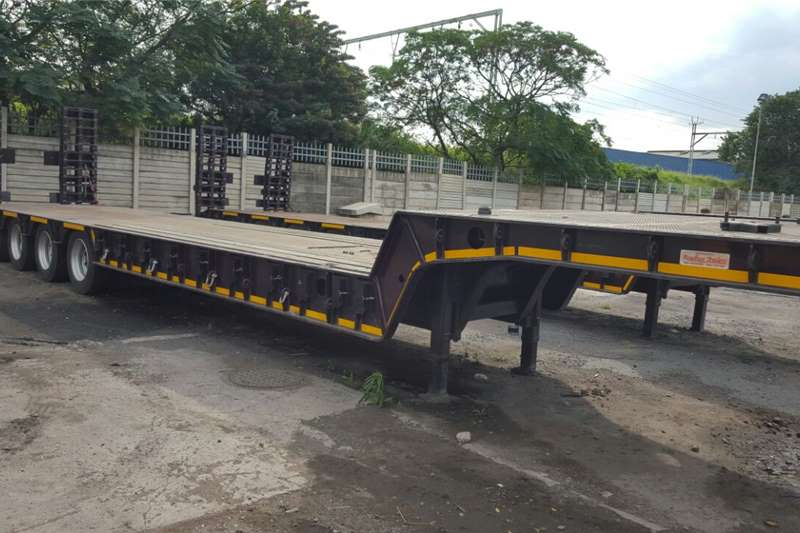 Trailers Roadhog Stepdeck 55 Ton, 4  Axle. 2014