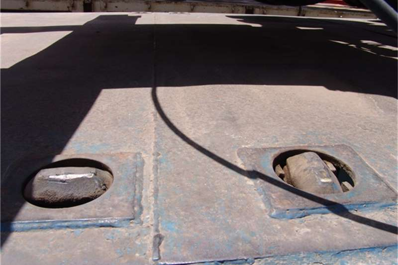 SA Truck Bodies Flat deck Tridem Flatdeck Trailers