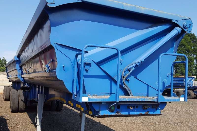 SA Truck Bodies Side tipper SATB SIDETIPPER Including New Tarps & Service Trailers