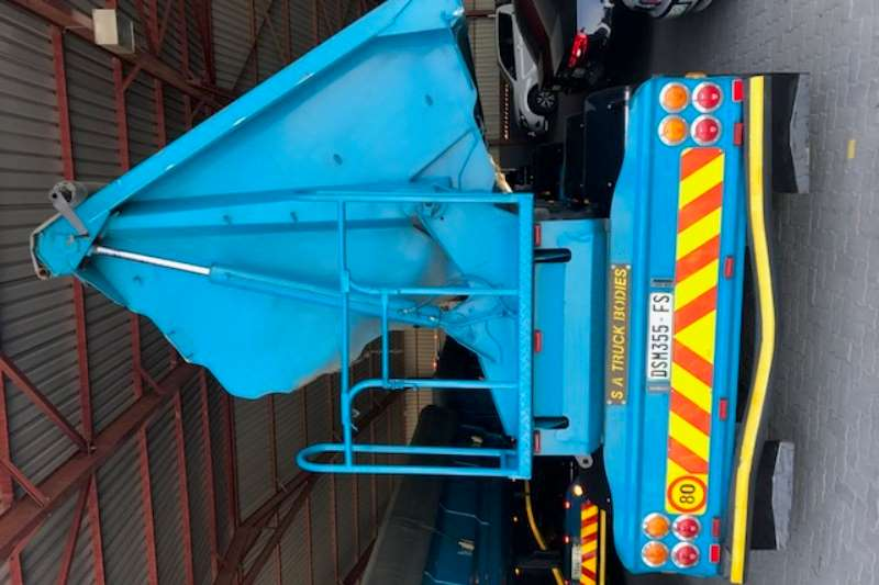 SA Truck Bodies Side tipper Side tip link 45m3 Trailers