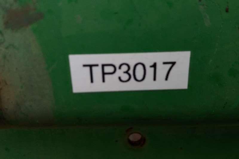 SA Truck Bodies Tipping bulk trailer Semi Trailer Sloper Tipper 24 cube Trailers