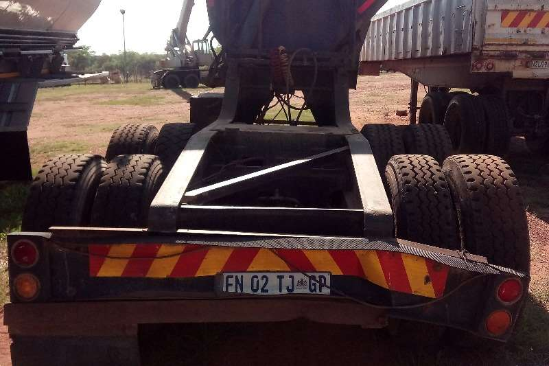 SATB SA TRUCK BODIES FRONT LINK Trailers