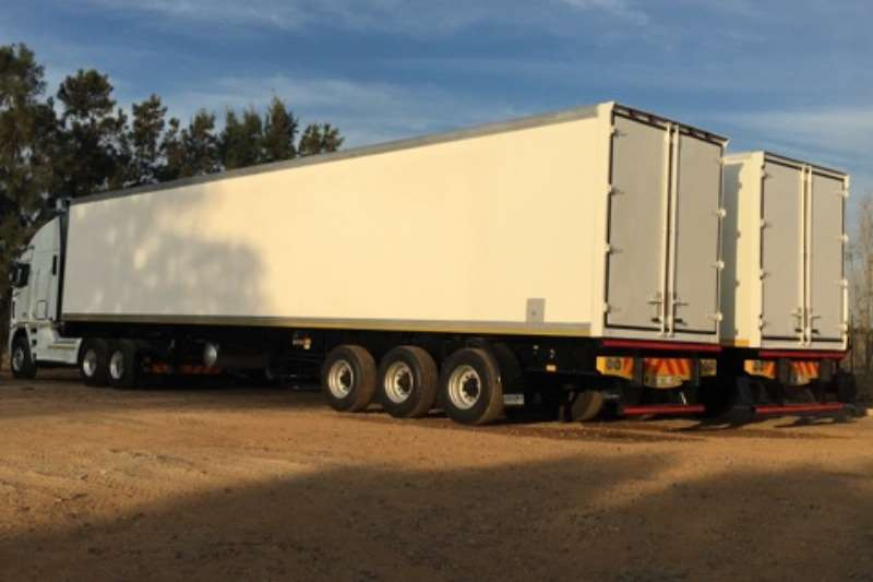 Serco Refrigerated trailer 30 Pallet Refurbished Reefer Trailer. Trailers