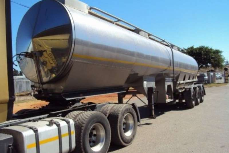Stainless steel tank Used Flexi Manuf 32 000LT Tri Axle Tank Available Trailers