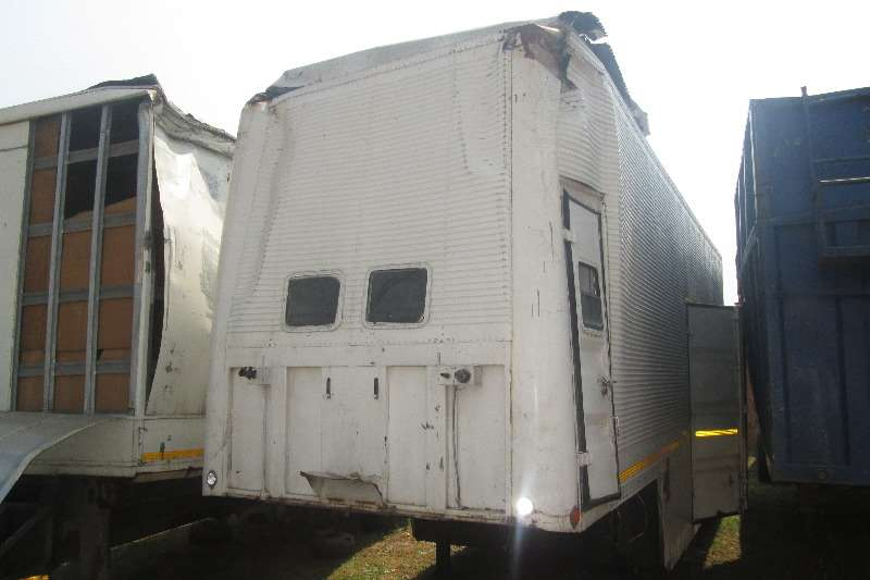 Trailers Stepdeck Vebody 9m Step-Deck Furniture Removal Trailer 1996