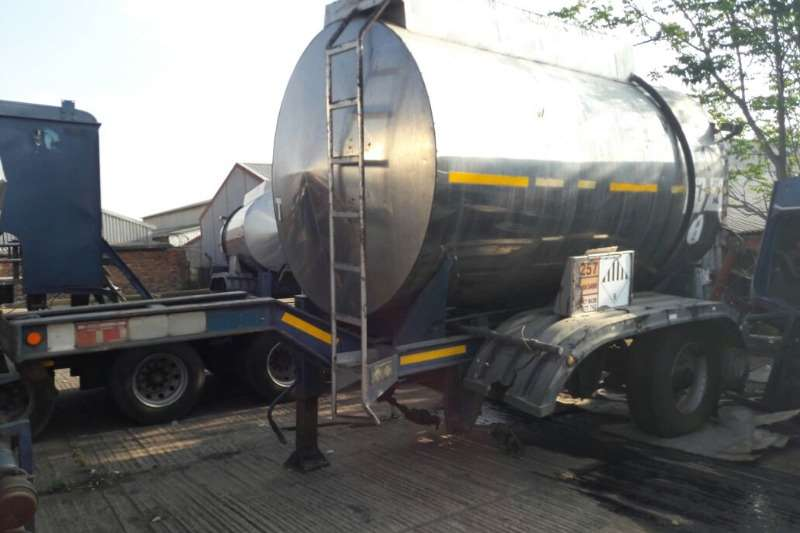 Tank Clinic Drawbar Used Tank Clinic 10 000LT Pup Tanker Available Trailers
