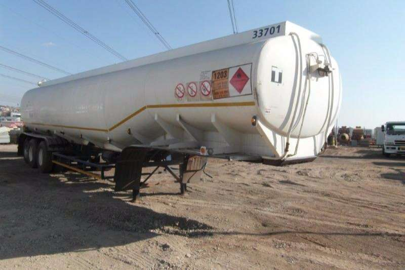 Trailers Tank Clinic Fuel Tanker 30 000Lt Fuel Tanker With 10 000Lt Pup Trailer 1998