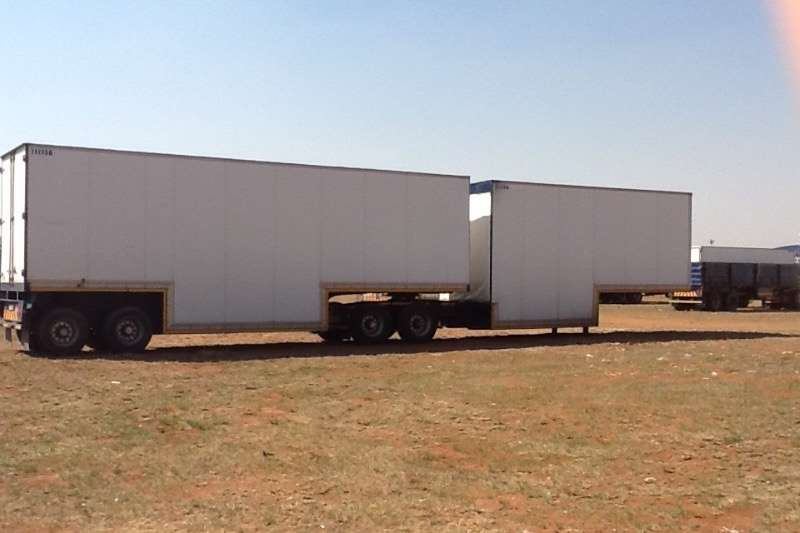 TFM Well deck Well deck Trailers