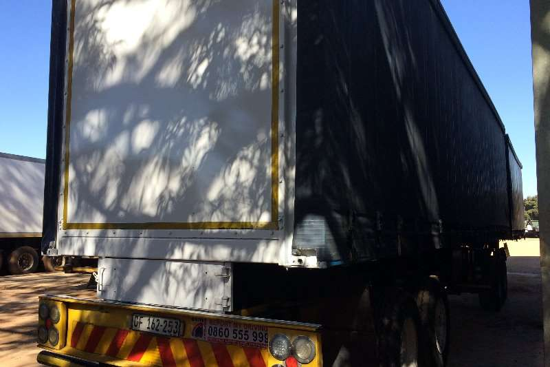 Top Trailer Curtain side 7m x 11m Interlink Tautliner Trailers