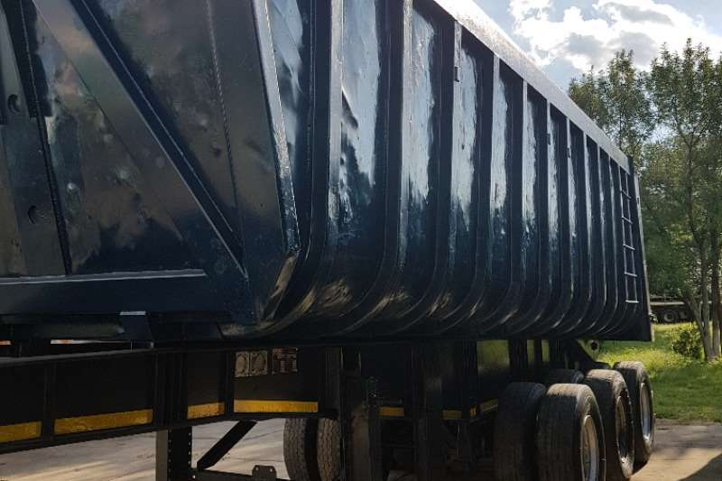 Top Trailer End tipping Tipper 34 Cube Trailers