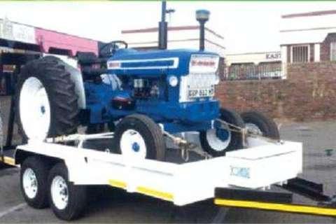 Tractor Trailer 4m Lx 2m W x 0.3m H- Trailers