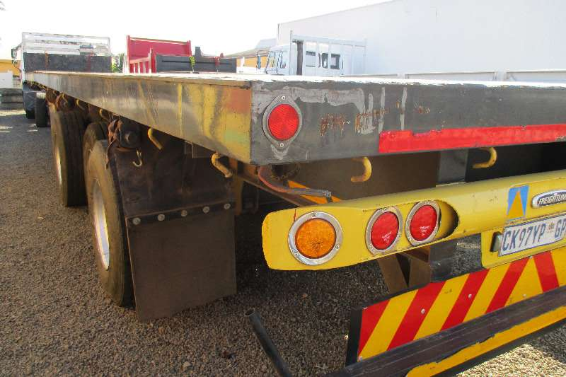 UBT 15 m Tri Axle EXTENDABLE to 20m Trailers