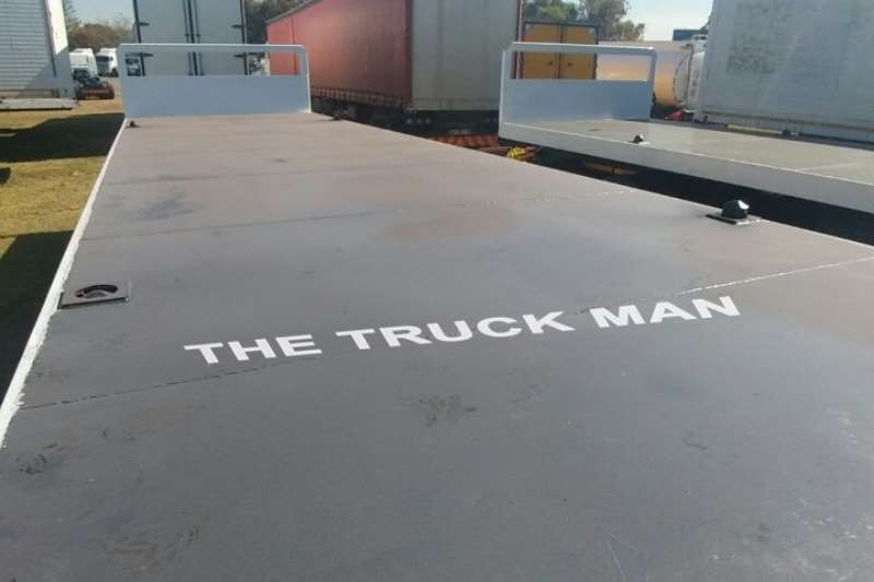UBT Drawbar TRI-AXLE FLAT DECK Trailers