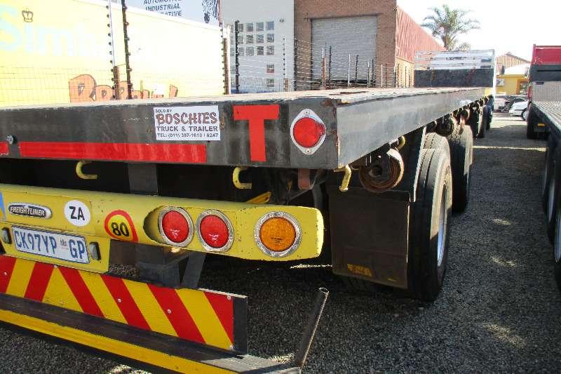 UBT EXTENDABLE Tri axle semi 20m Trailers