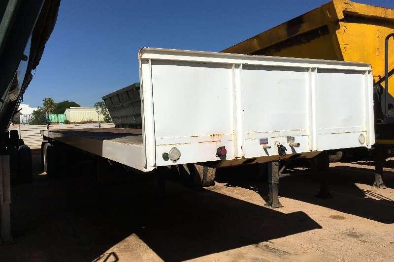 UBT Flat deck Tri Axle Flatdeck 13.5m Trailers