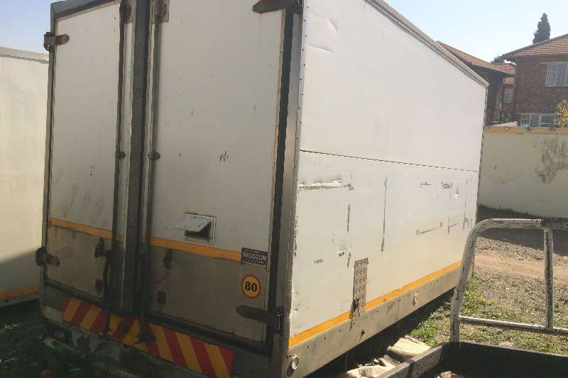 Closed Bodies and Personelle carrier Truck bodies