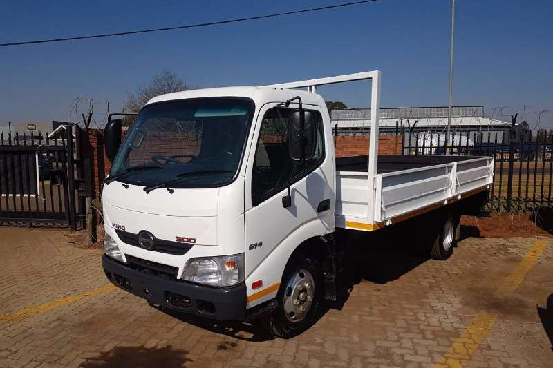 Truck bodies Hino 300 614 Drop Side 2016