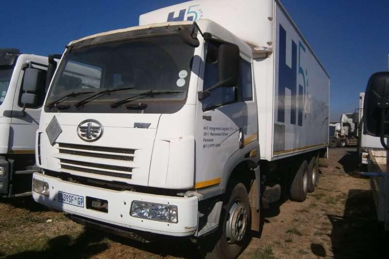 FAW Closed body FC 28-280 Truck