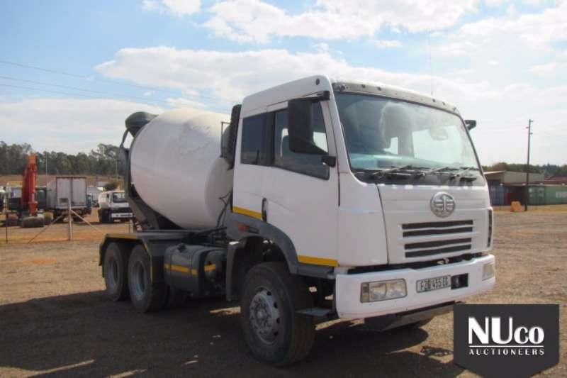 FAW Concrete mixer FAW 33.330 6cube Concrete mixer 239870km FZG455EC Truck
