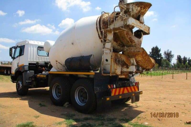 FAW Concrete mixer FAW 33.330 FC CONCRETE MIXER Truck