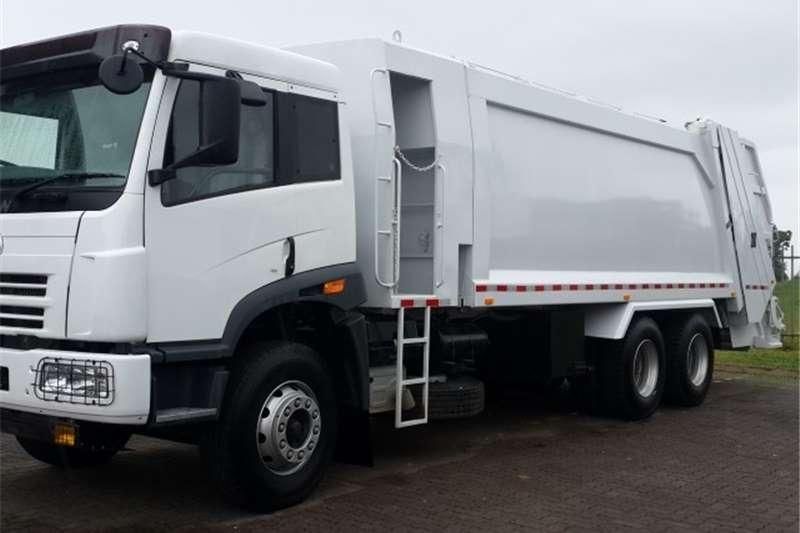 Truck FAW Refuse Disposal 28.330FL REFUSE COMPACTOR 2017